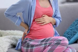 31 неделя беременности болит живот как при месячных