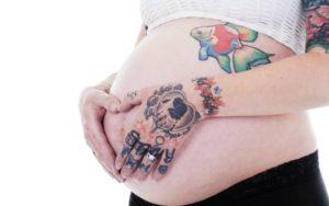 Можно ли делать тату при беременности на ранних сроках