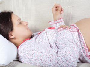 Может ли кидать в жар при беременности на ранних сроках
