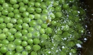 Сколько варить замороженный зеленый горошек для ребенка