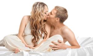 Позы для занятий любовью во время беременности
