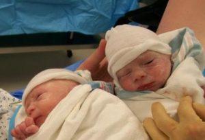 Рождение двойни 36 неделе
