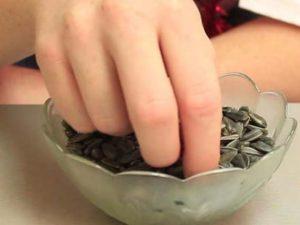 Можно ли во время поста грызть семечки