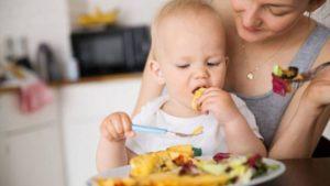 Ребенок в 9 месяцев не ест прикорм что делать